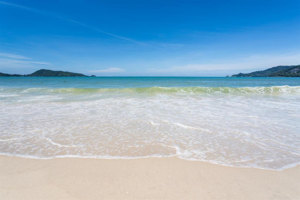 Patong Beach - 950 m from property U Tai Tip Guest House