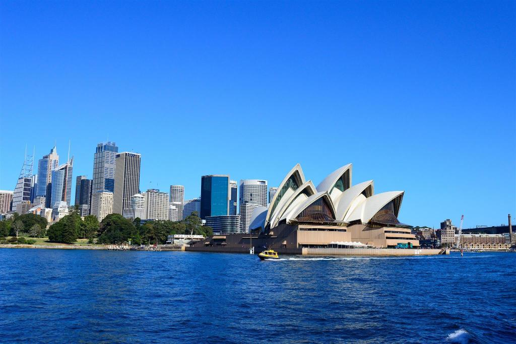 Sydney Opera House - 5.23 km from property New Gorgeous Apartment Zetland