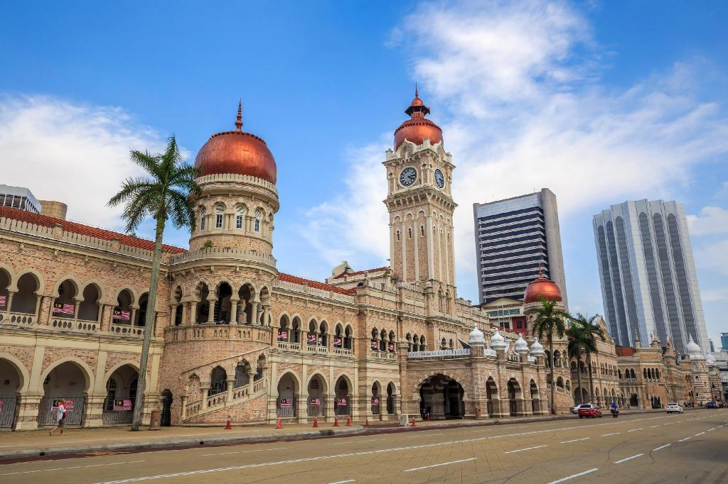 Sultan Abdul Samad Building - 350 m from property ZEN Hostel Explorers Guesthouse