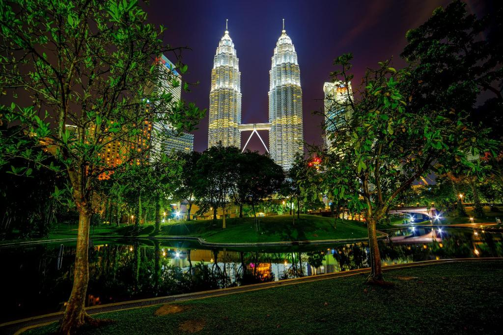 KLCC Park - 2.66 km from property