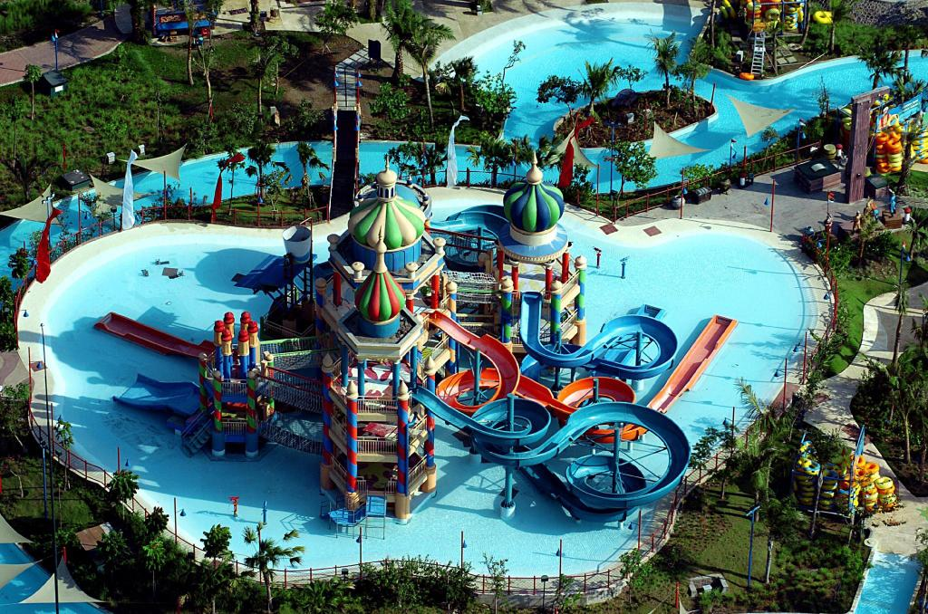 Ciputra Waterpark - 4.51 km van de accommodatie Waterplace Residence 2BR Unit 14 - Stevanus