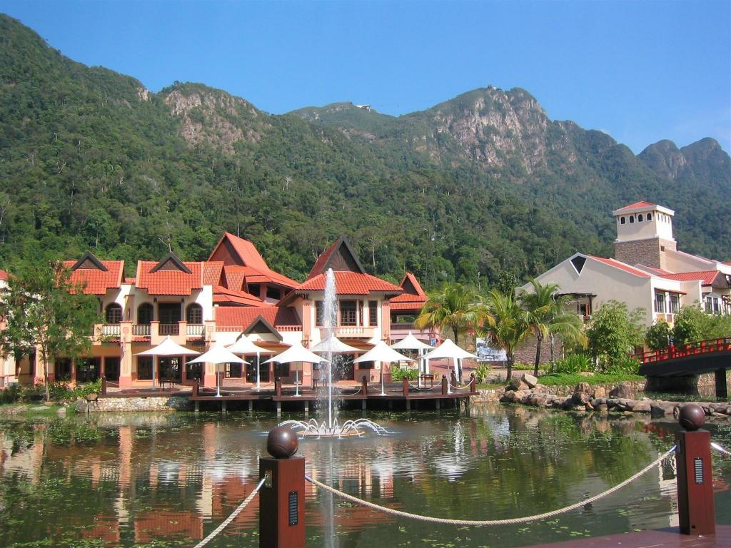 Oriental Village & Langkawi Cable Car - 9.1 km from property Qallisia Home