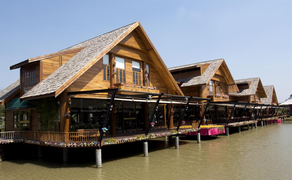 Pattaya Floating Market - 3.21 km. fra ejendommen Atlantis Condo Resort Pattaya EVT (Atlantis Condo Resort  Pattaya  EVT)
