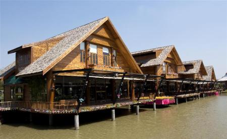 Pattaya Floating Market - 6.86 km from property V2 Mansion