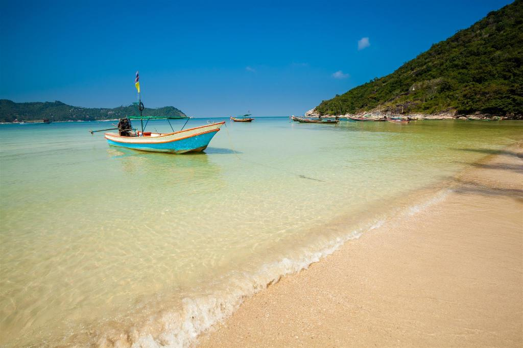 Thong Nai Pan Yai Beach - 4.25 km from property Niramon Sunview Resort