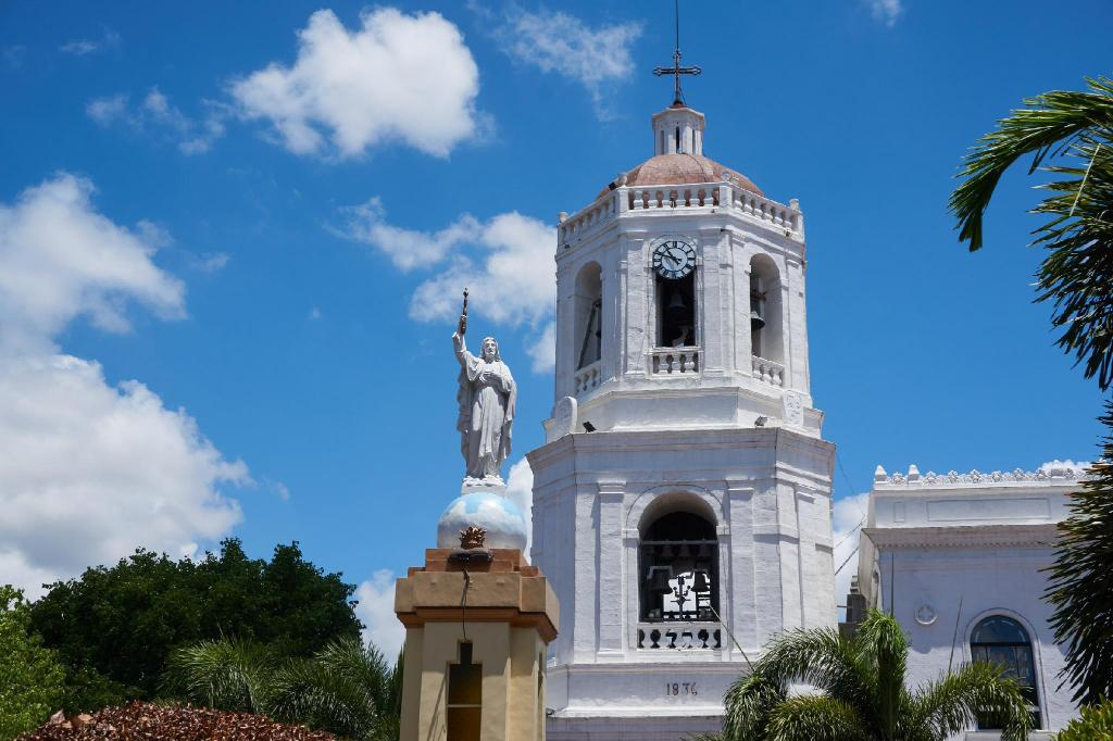 Cebu Metropolitan Cathedral - 7.12 km from property Lauras Apartments