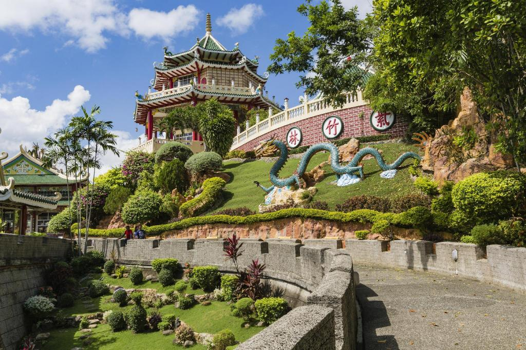 Taoist Temple - 2.97 km from property