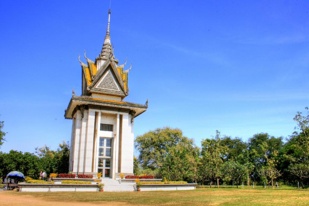 Choeung Ek - Killing Fields - 9.67 km from property Mlop Leap Guesthouse