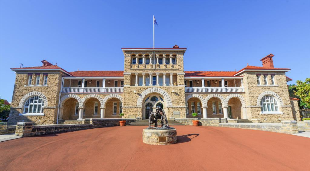 Perth Mint Building - 11.82 km from property Rose & Crown Hotel