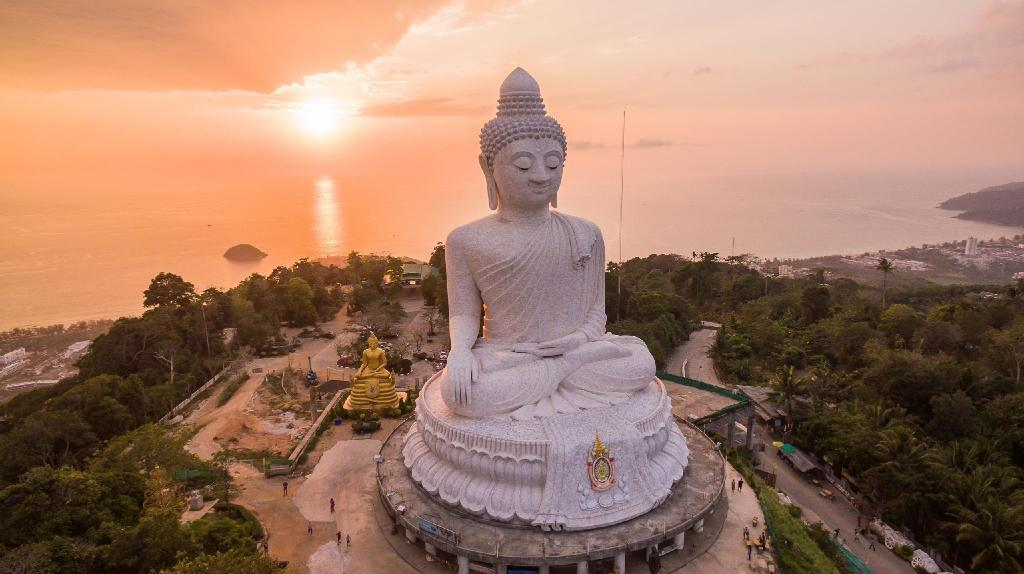 Phuket Big Buddha - 7.57 km from property U Tai Tip Guest House