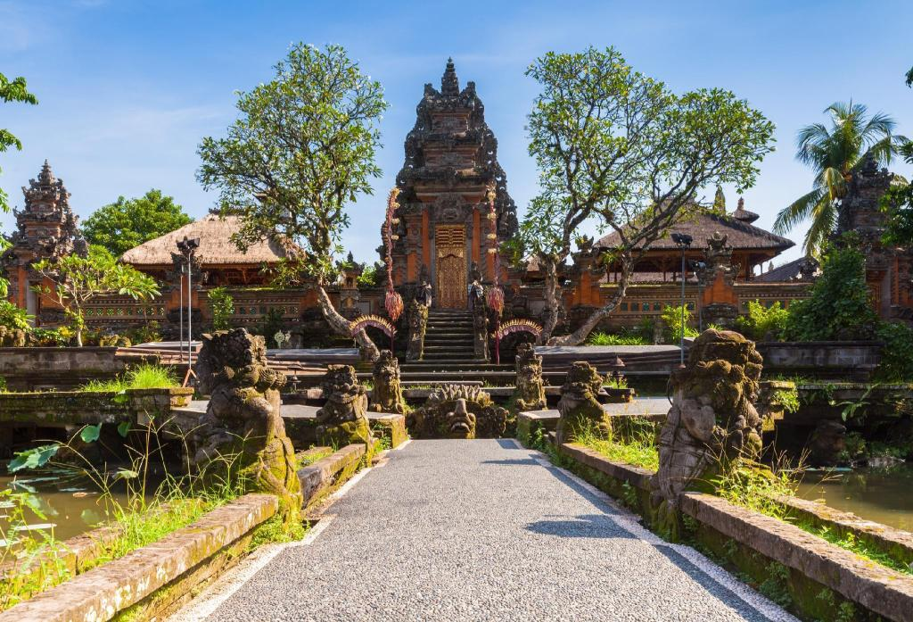 Ubud Palace - 4.6 km from property