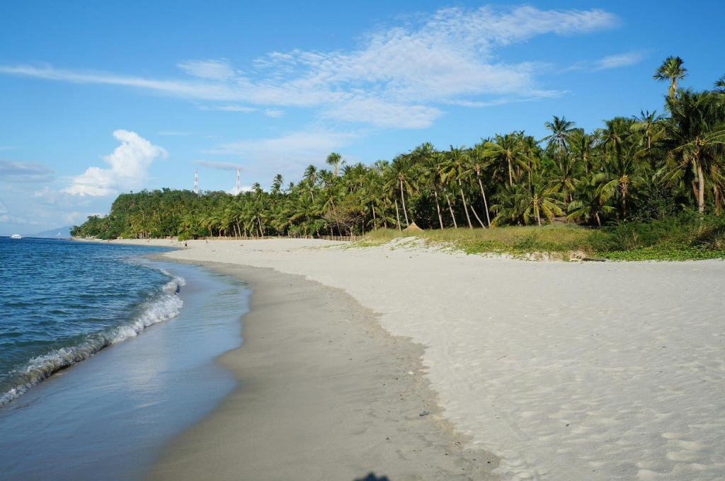 Aninuan Beach - 8.58 km from property