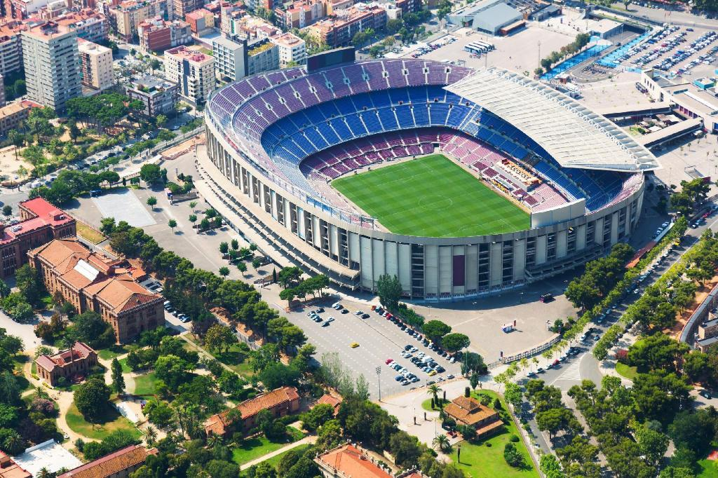 Camp Nou - 2.54 km de l'établissement MH Apartments Barcelona