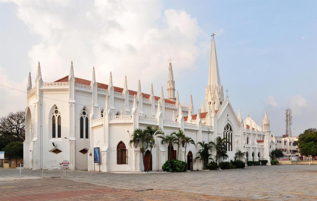 San Thome Cathedral - 3.45 km from property Fast Track Hotels Elite Greams Road