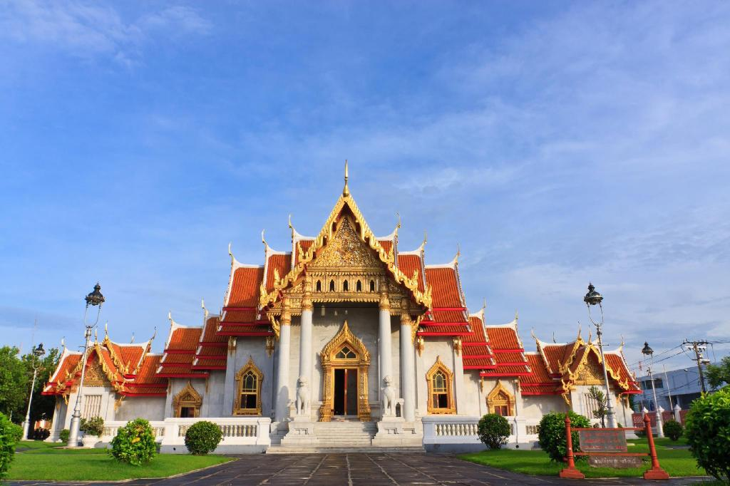 Wat Benchamabophit - 4.47 km from property checkmasternham884userA