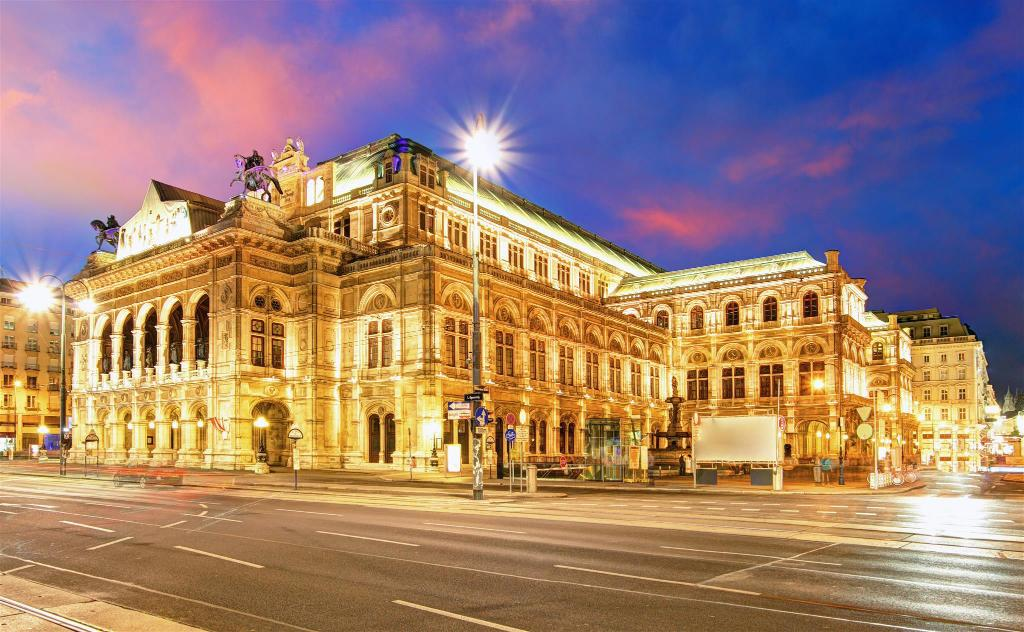 Vienna Opera House - 920 m from property Heart of Wien Apartments