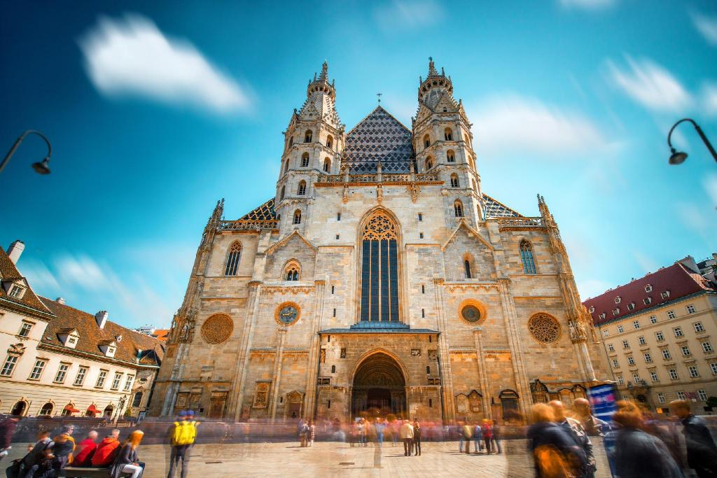 St. Stephen's Cathedral - 2.96 km from property
