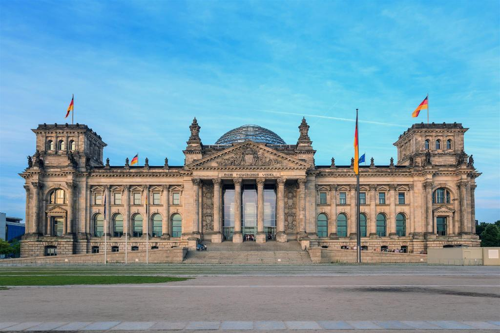 The Reichstag Building - 2.89 km from property