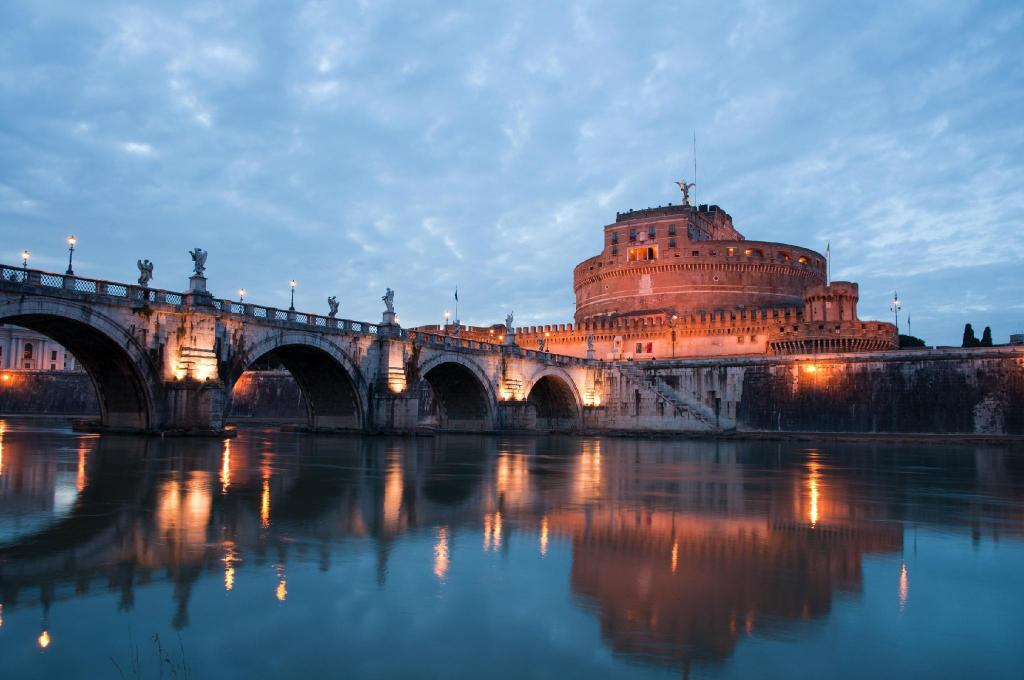Castel Sant'Angelo - 2.11 km from property B&B Roma