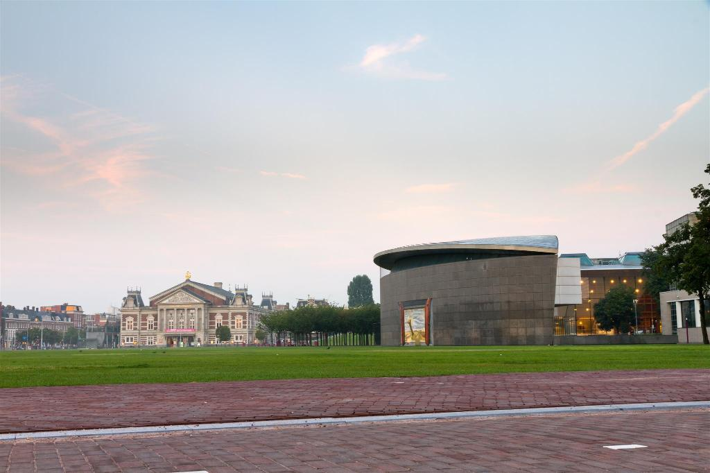 Van Gogh Museum - 2.1 km from property