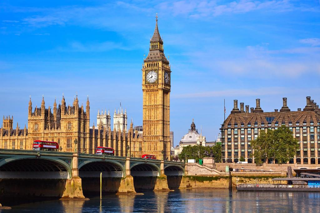 Big Ben - a 1.67 km del alojamiento Chrisbond Estates