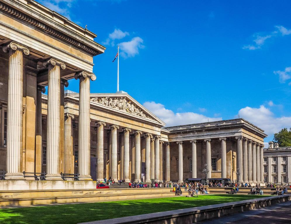 British Museum - 1.84 km from property 1BR Flat in St Paul's the Very Centre of London