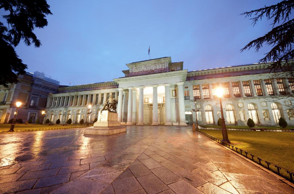 Prado Museum - 6.77 km from property