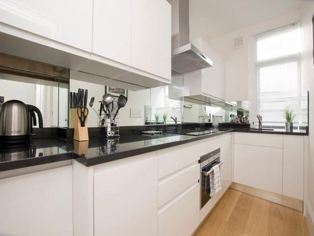 Studio Apartment - Kitchen SACO Marylebone - Gloucester Place