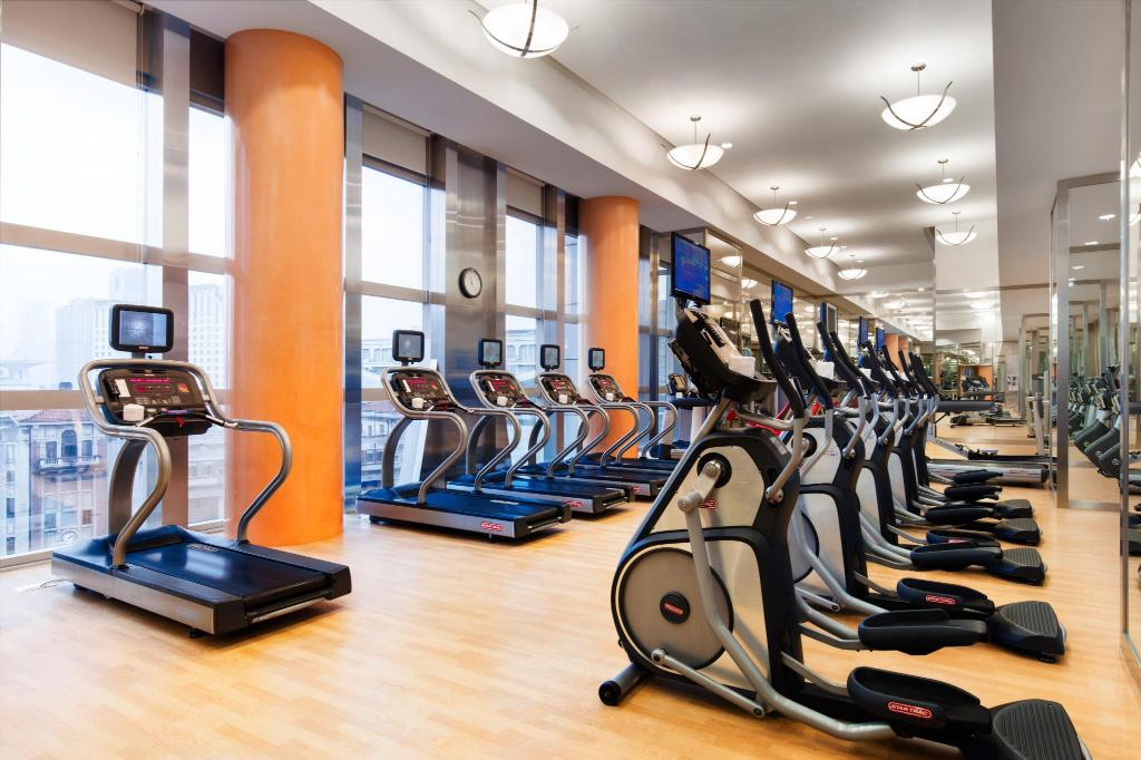 Fitness center JW Marriott Hotel Shanghai at Tomorrow Square