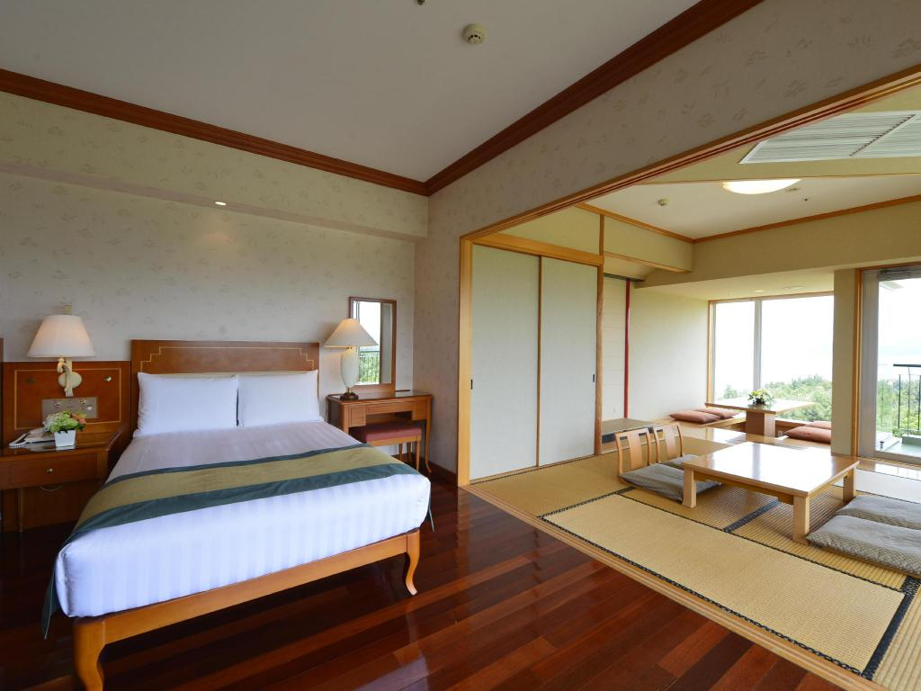 Interior view Okinawa Marriott Resort & Spa