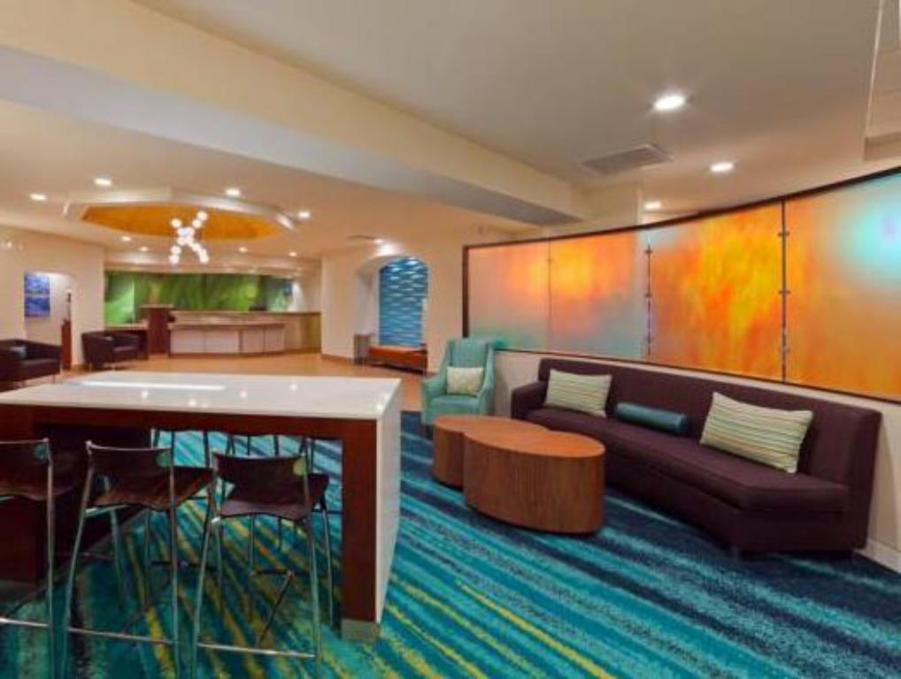 Vestíbul SpringHill Suites Denver North/Westminster