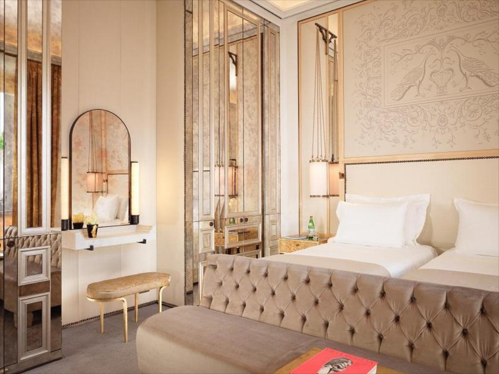 Classic Double - Bed Hotel Eden - Dorchester Collection