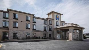 3 Star Hotel Prices in Crystal Lake