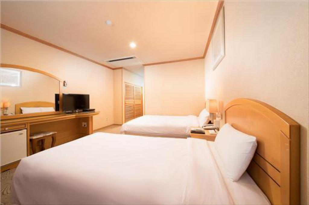 Standard Twin - Room plan Jeju Hawaii Hotel
