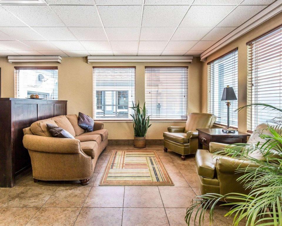 Best Price On Quality Inn Homestead Park In Billings Mt