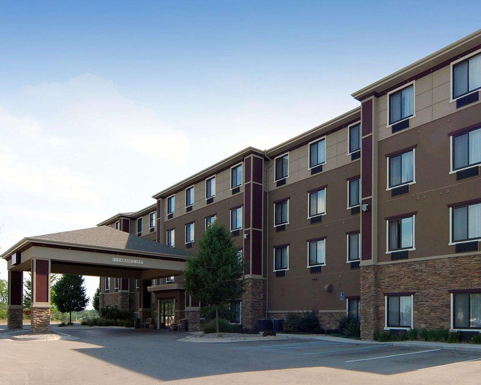 Comfort Suites Grand Rapids North Comstock Park In Comstock Park Mi Room Deals Photos Reviews