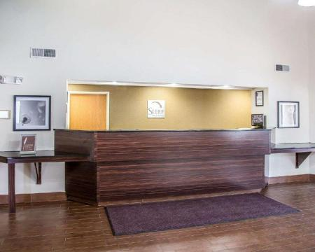 Vestabils Sleep Inn and Suites Davenport - Quad Cities