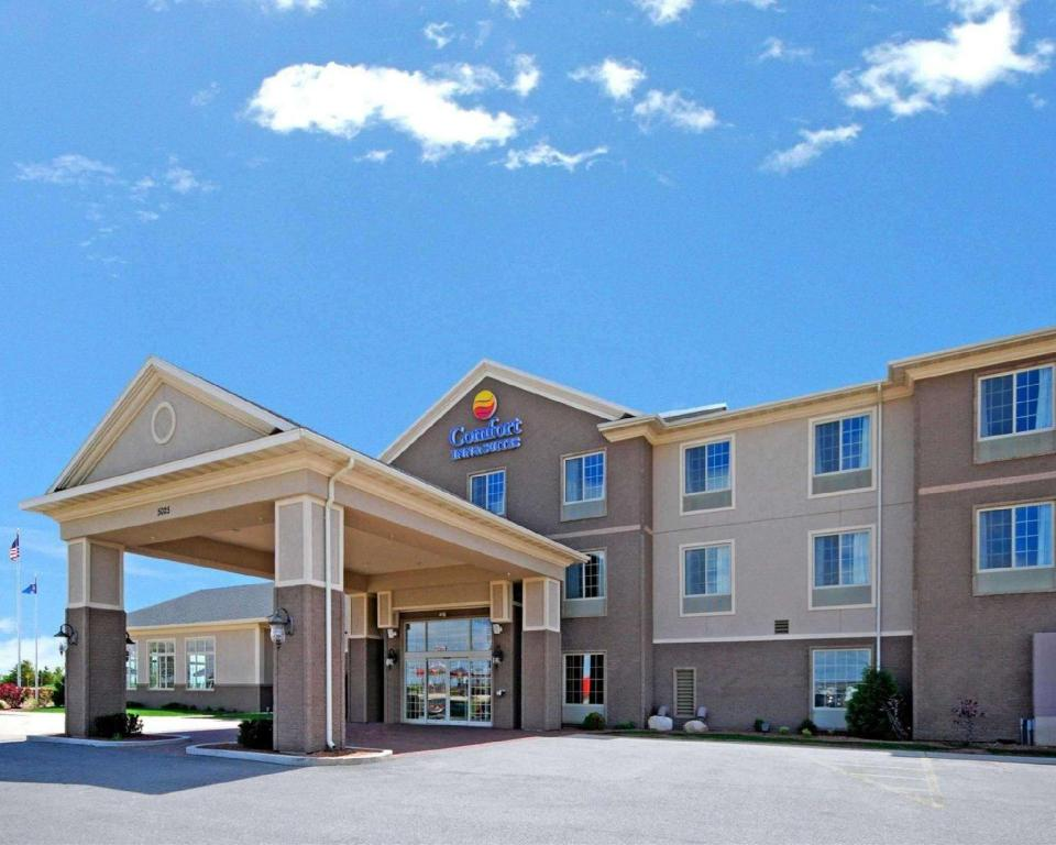 More about Comfort Inn & Suites Madison North De Forest
