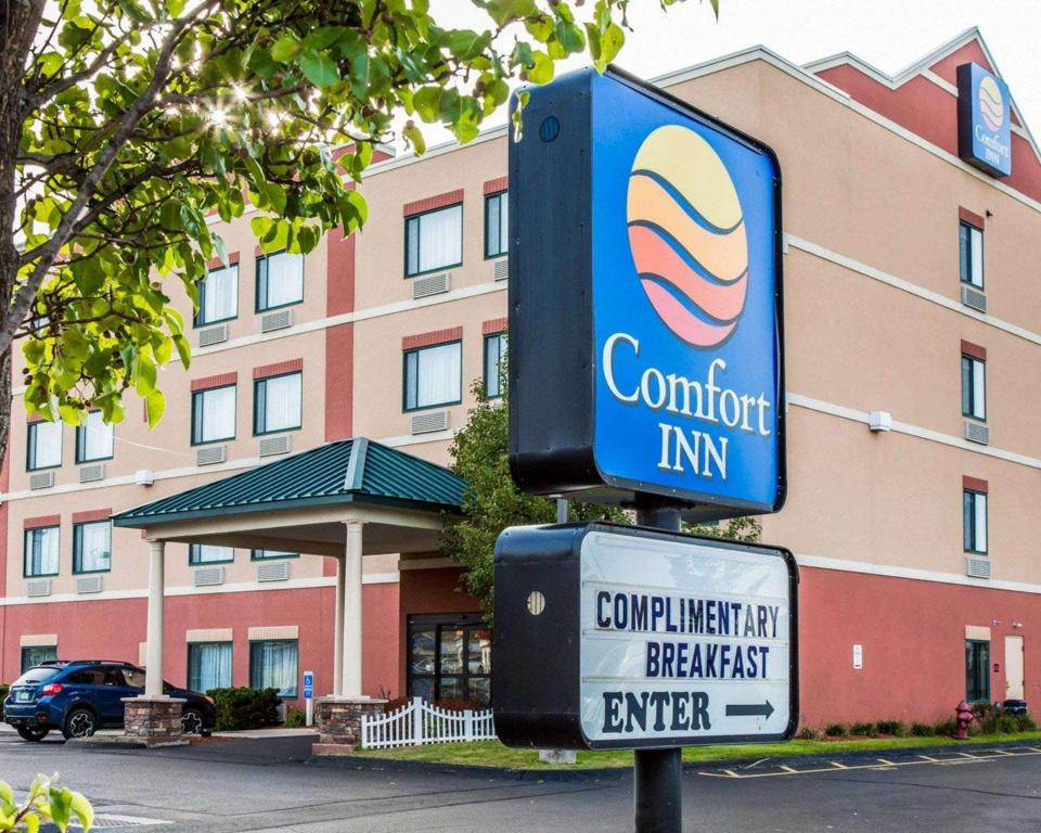 Comfort Inn East Windsor - Springfield