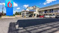 Motel 6 Elizabeth - Newark Liberty International Airport