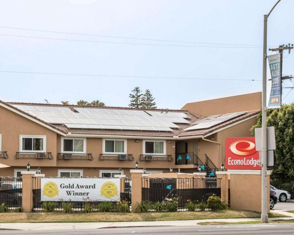More About Econo Lodge Encinitas Moonlight Beach