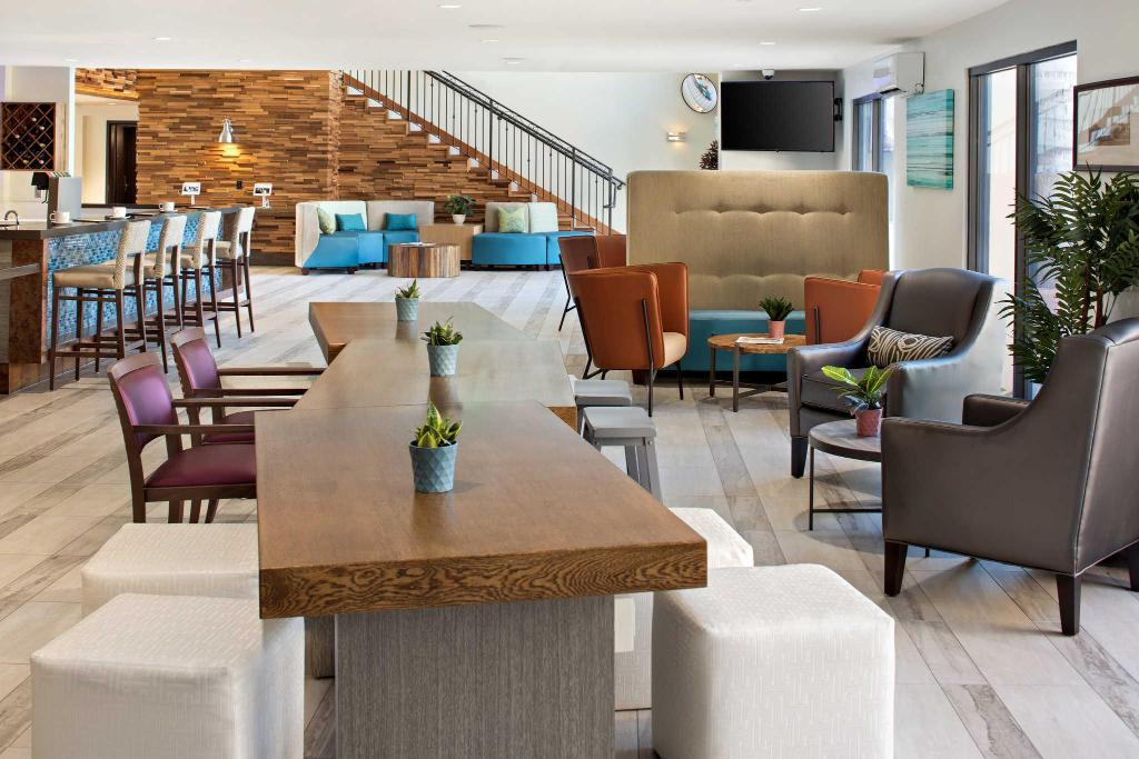The Cove Hotel  An Ascend Hotel Collection Member In Los Angeles  Ca
