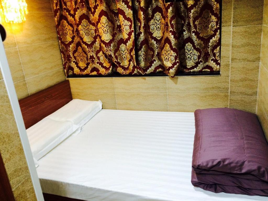 Double Room with 1 Double Bed - Bed Valentine Guest House