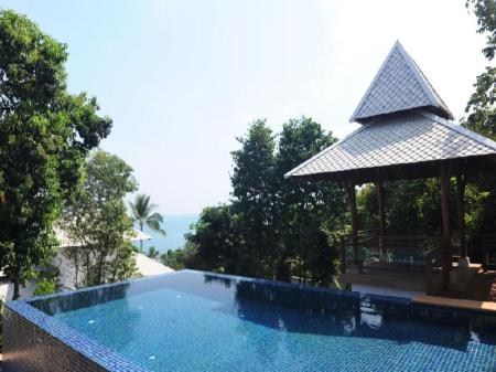 Pool Ratchaphruek Private Pool Villa by Pawanthorn