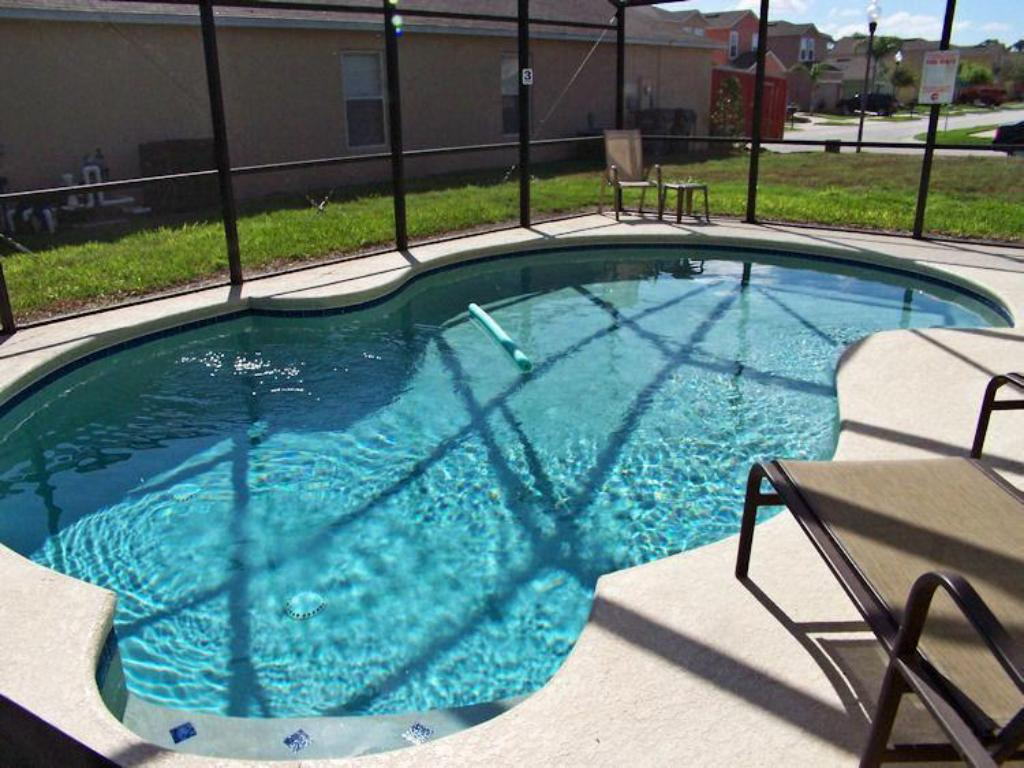 Budget Friendly 4Bed/3 Bath Pool Hm at Sandy Ridge