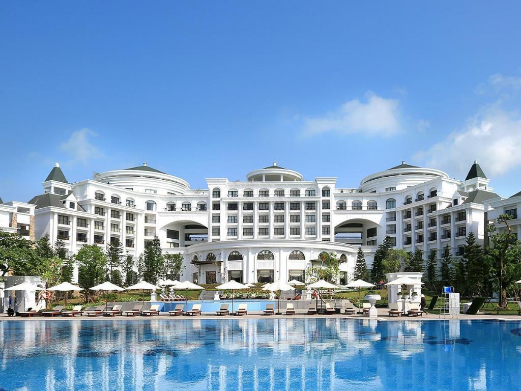 Halong Bay Vietnam Hotels