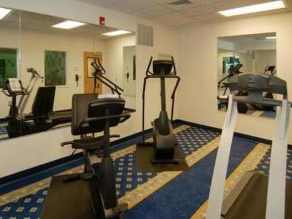 Fitness center Holiday Inn Express & Suites Boise West - Meridian