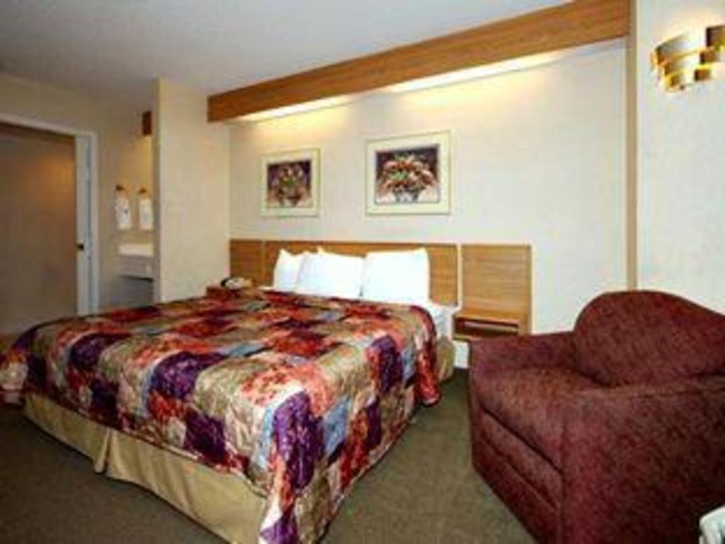 Sleep Inn Rockford In Rockford Il Room Deals Photos Reviews