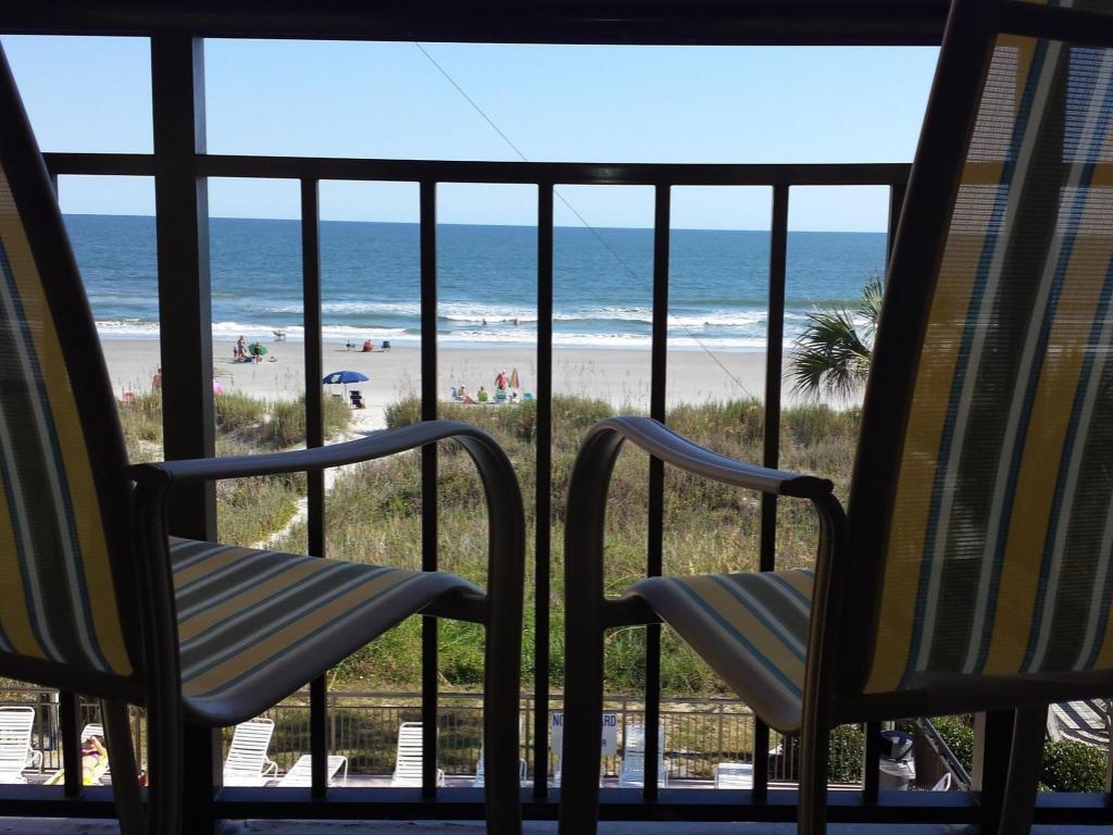 Queen View From Inside Best Western Ocean Sands Beach Resort