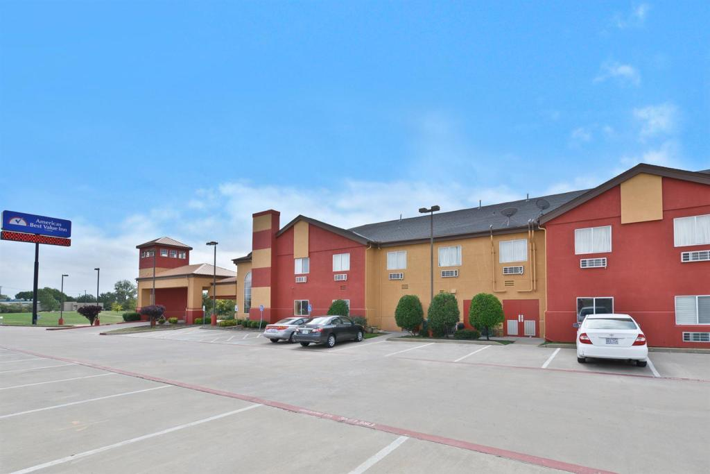 Americas Best Value Inn & Suites - Haltom City, TX